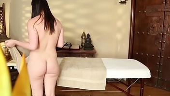 Smalltits babe deepthroated after massage