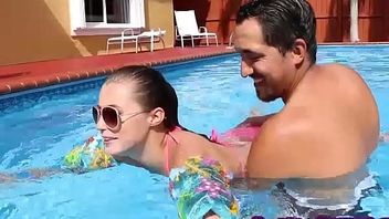 Tiny slut Carolina Sweets fucked poolside