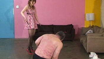 Japanese mistress spits greater than slaves and makes slaves get foods stepped greater than boots