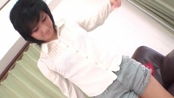 Saki Umita on the floor blowing her lover passionately