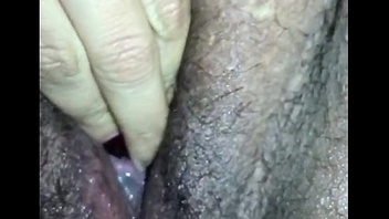 Slut fingering pussy while cumming