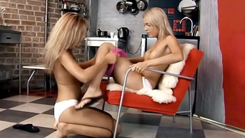 Cute babes fondle on livecam