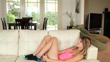 Stud gets naughty with step sis Scarlett Fever